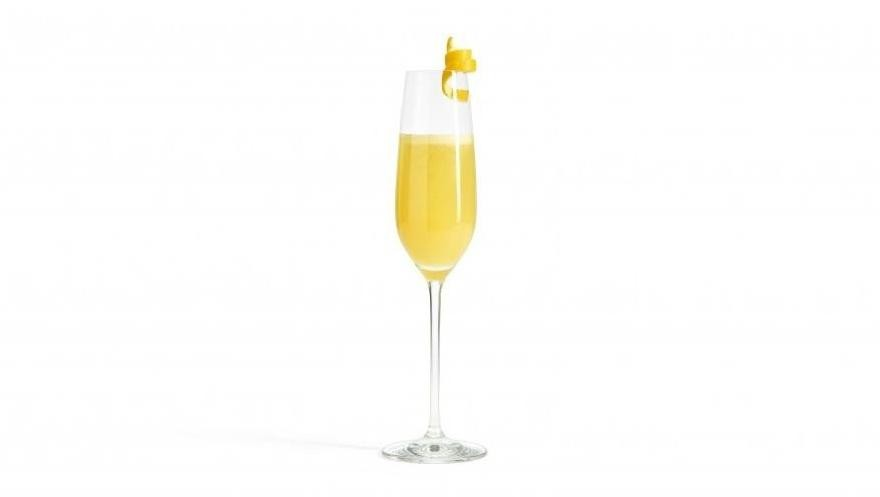Buck fizz cocktail